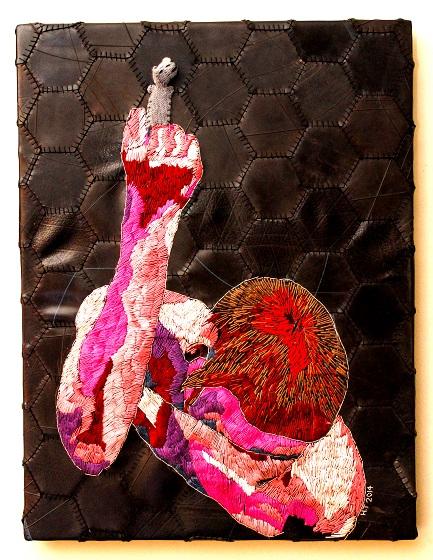 Title: Langraat is raadop Medium: Cotton thread, wool, wood and rubber 71 x 55 cm