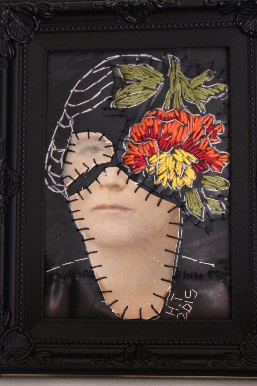 Title: Blom van n meisie Medium: Photograph, cotton thread and rubber Size: 23 x 18 cm