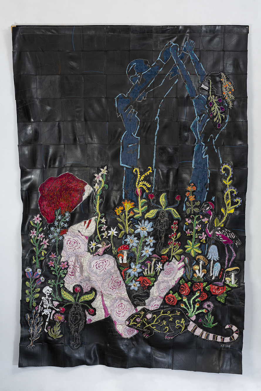 She never promised you a rose garden 215 x 142 cm 2018 cotton thread and rubber.jpg