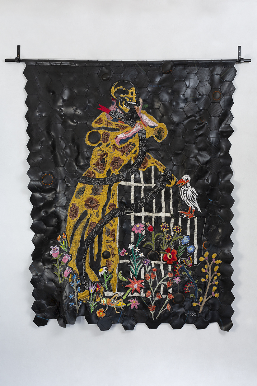 Sy is so boos sy kan slange vang approx 170 x 134 cm 2018 Cotton thread and rubber